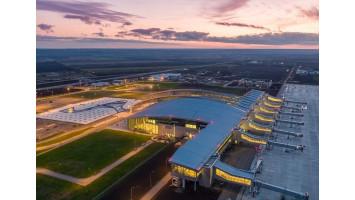 Поездка Tesla Club Rostov в аэропорт Платов путешествие на Tesla Model S по России и Европе.